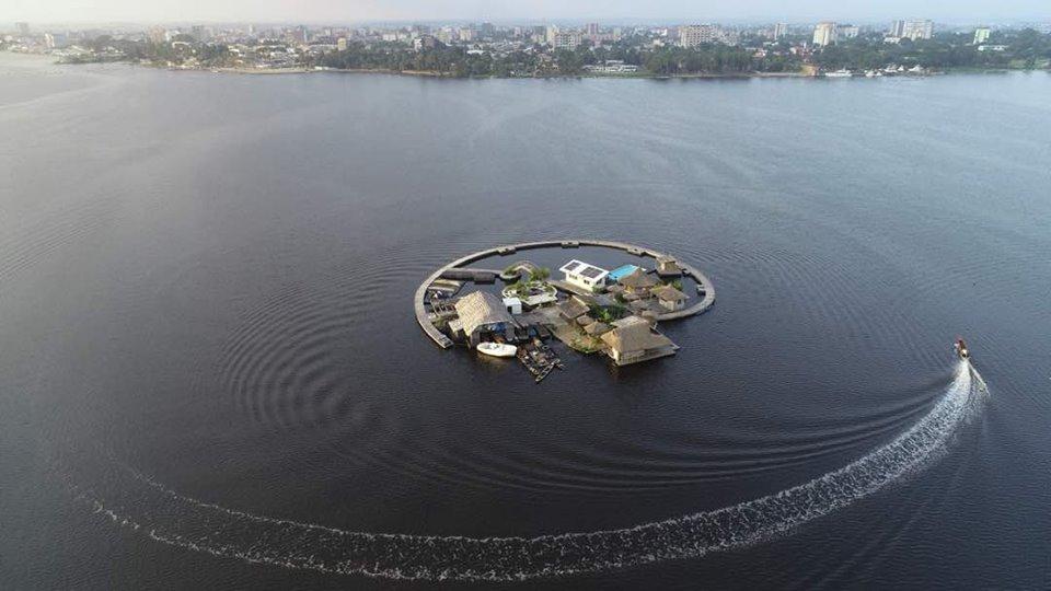 île flottante Abidjan